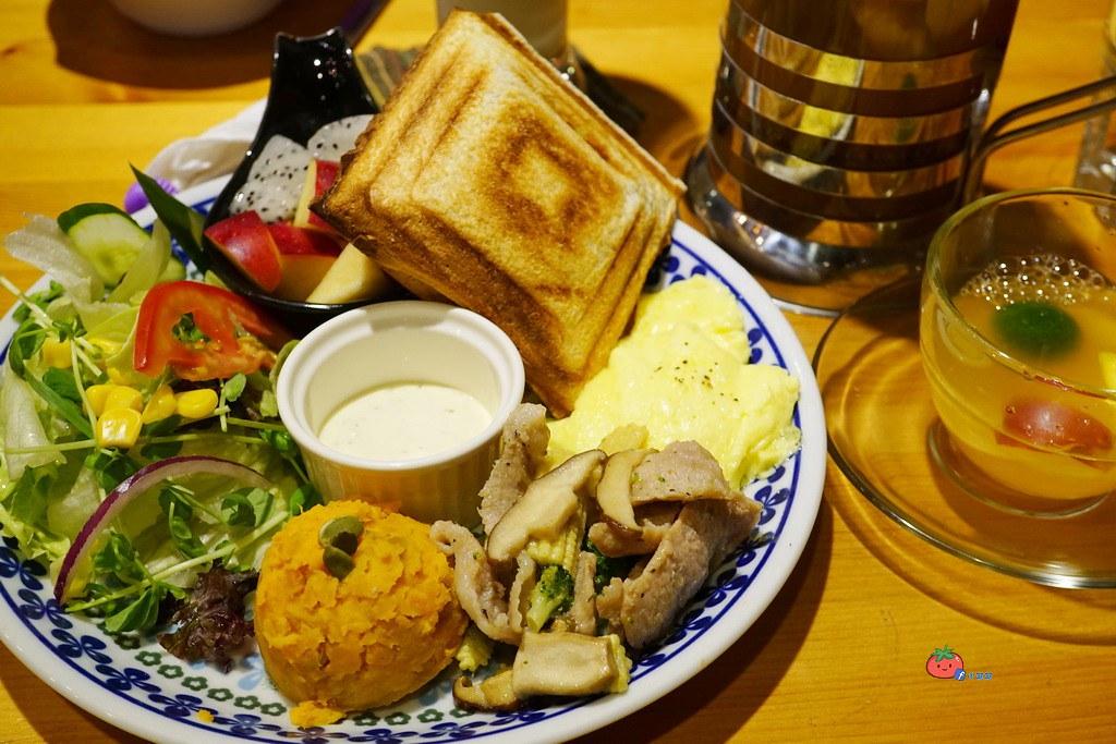 板橋新埔早午餐咖啡廳 翁林林CAFE