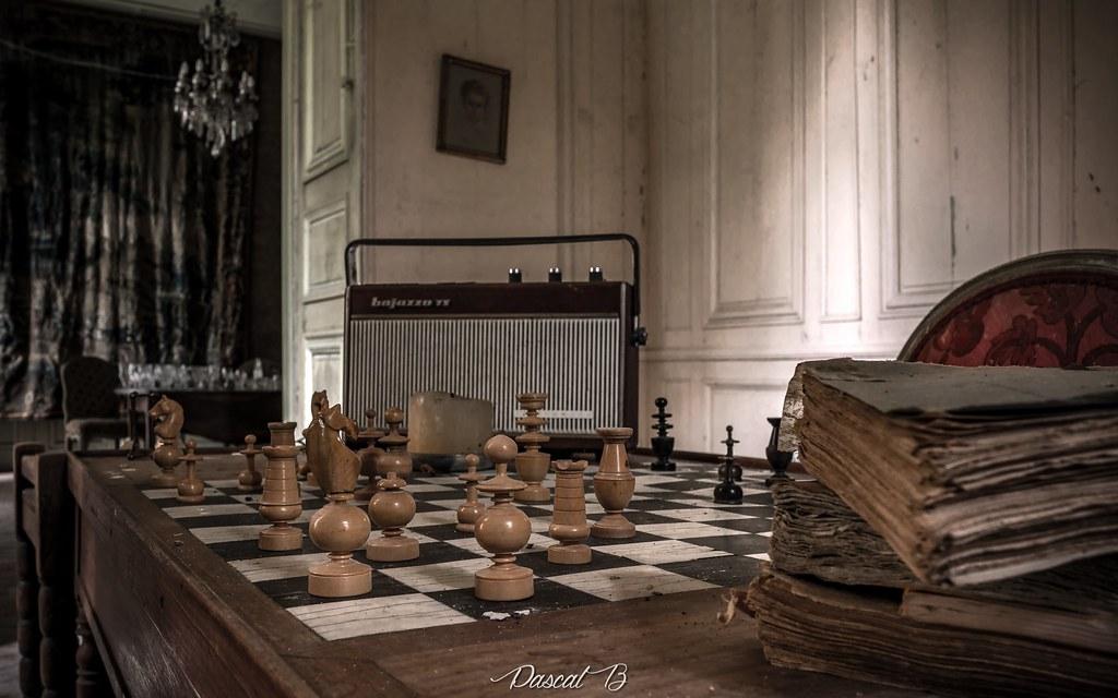 Château Kasparov 35994213993_594878f924_b