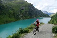 Bike SNOW tour: St. Anton – zdolávání velehor na kole a e-motorkách