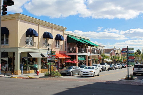 cityscape downtown businessdistrict commercialbuildings architecture street mountdora florida