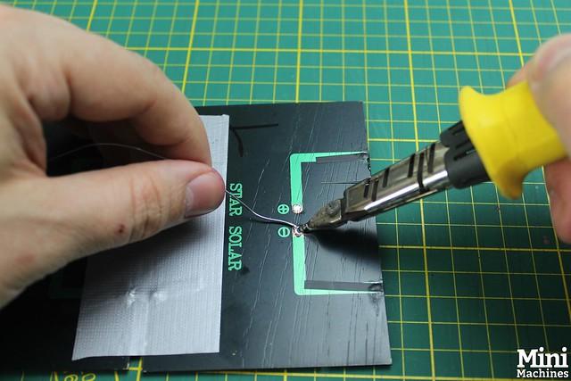 Construire un panneau solaire à 5€ - 026
