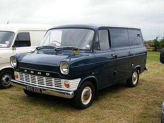 Ford_Transit_Kastenwagen_1965_R2