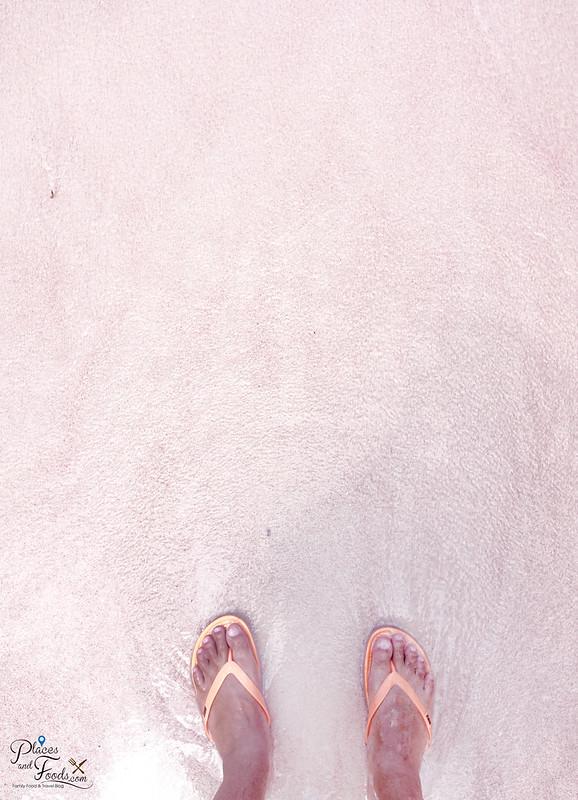 pink beach feet