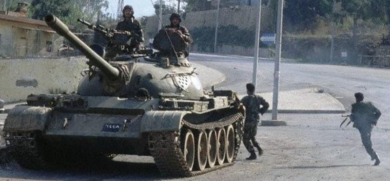T-54-syrian-with-KPVT-lebanon-19901013-hmo-1