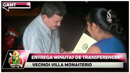alcalde-mayin-entrega-minutas-de-transferencia-vecinos-villa-monasterio