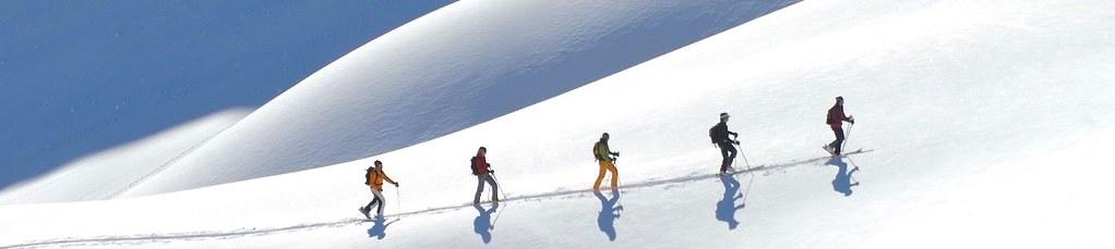 Skitour in unberührtem Schnee. Foto: Joseph Mallaun.