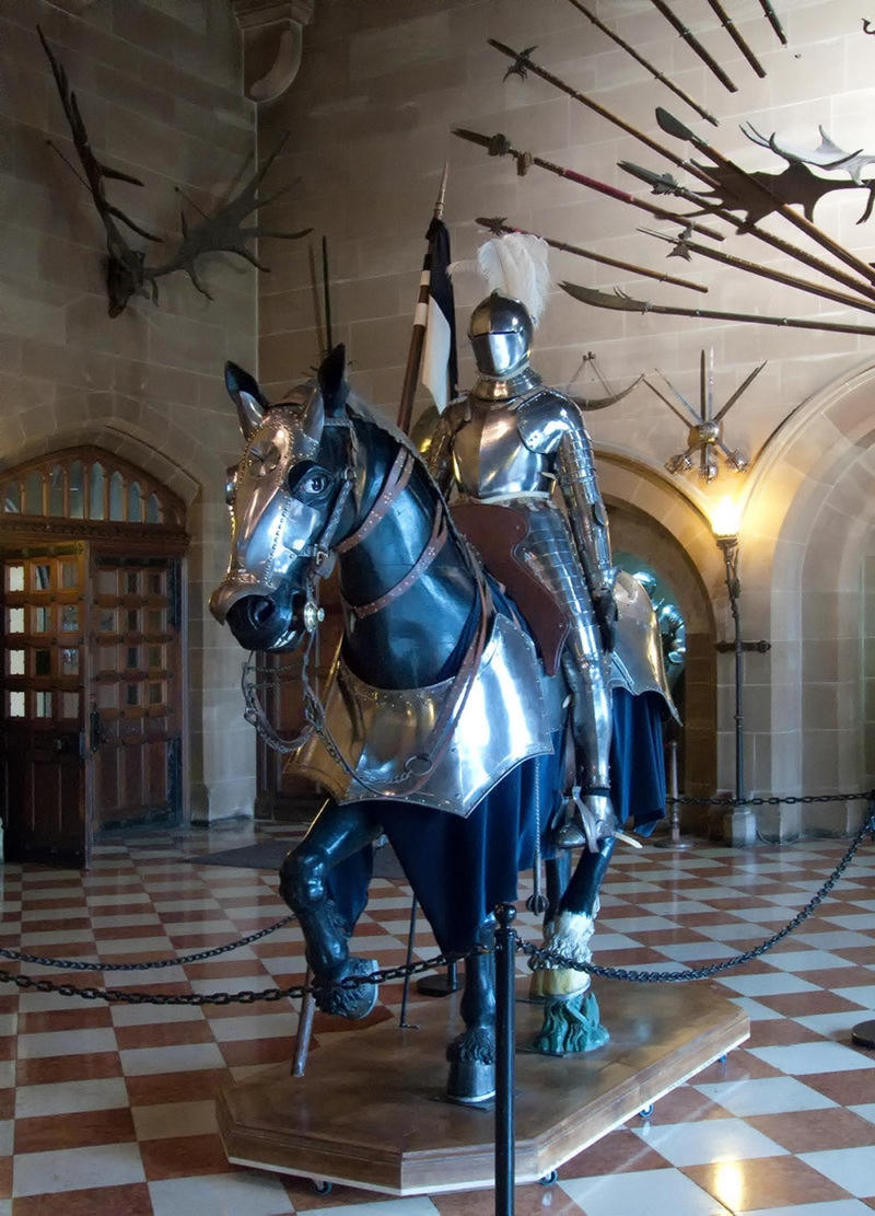 Knight at Warwick Castle. Credit Jitka Erbenová