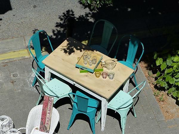 table à Forcalquier