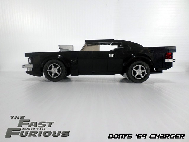 Doms 1969 Charger SIDE