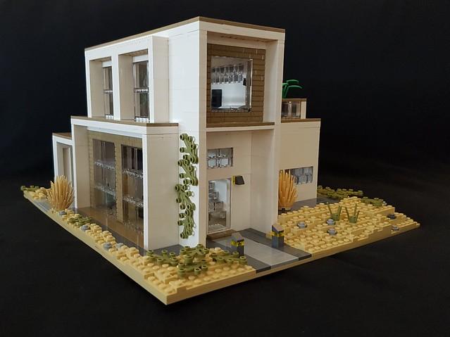 Whitebrick Sand House MOC main entrance