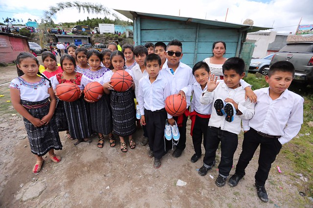 Ministro Chea Urruela realiza gira de trabajo junto al Presidente Jimmy Morales en municipios de San Marcos