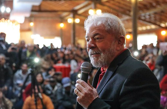 Advogados de Lula protocolam recurso pedindo anulação do processo da Lava Jato