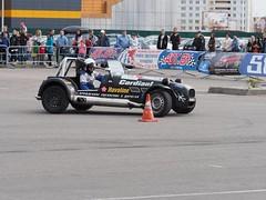Рев моторов и визг тормозов: в Витебске прошли соревнования по скоростному маневрированию (видео)