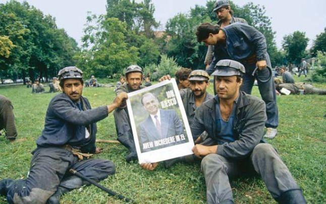 Minerii, hoarda care a devastat Romania in anii 1990