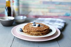 Vegan-banana-peanut-butter-pancakes-side