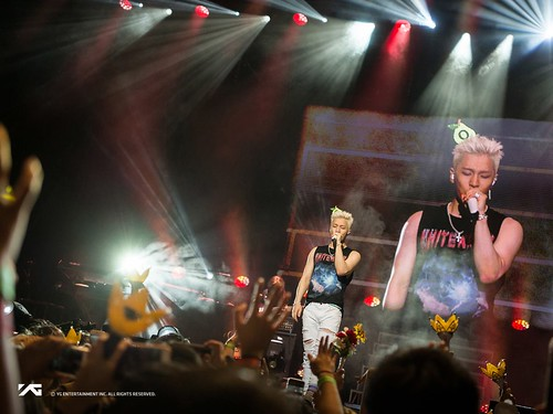 Taeyang WHITE NIGHT in Los Angeles 2017-09-12 by YG (6)