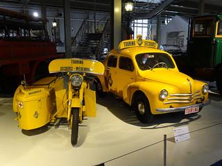 Renault_4CV_TouringSecours_1958_R2