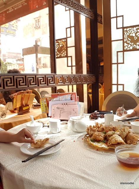 Chuen Kee Seafood Restaurant table
