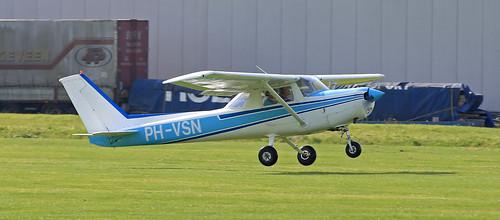 Air Bet  / Reims-Cessna F152 / PH-VSN