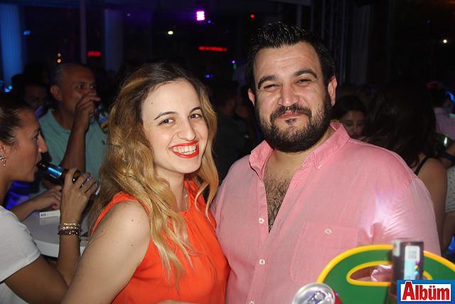 Samet Yiğit ve eşi de konserdeydi.