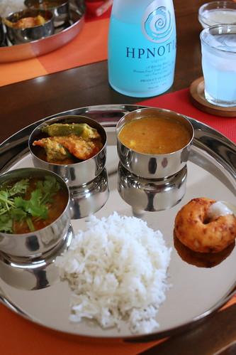 スパイシーな南インド料理で暑さを吹き飛ばそう
