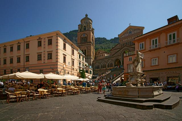 Duomo di Amalfi and Piazza Duomo. Amalfi, Amalfi Coast, Campania, Italy