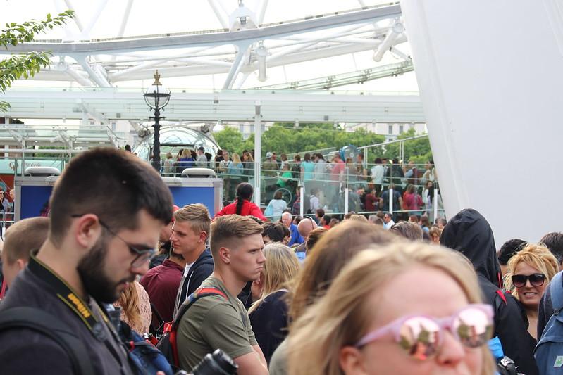 Queues at the London Eye