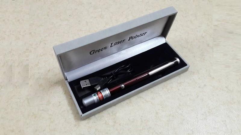 Bút laser sạc USB 5 màu giá rẻ - 2