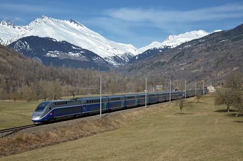 🇫🇷 TGV 6437 @ Les Granges (Landry)