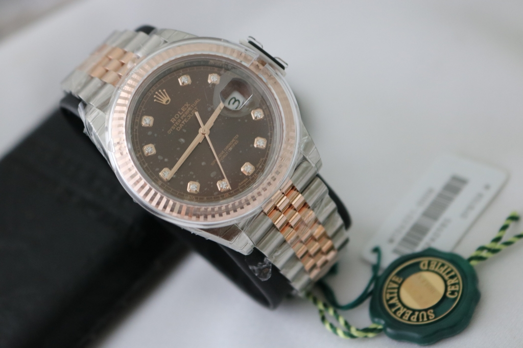 Đồng hồ Rolex Datejust 6 số 126331 – Đè mi vàng hồng 18k – Mặt socola – size 41mm – new 100%