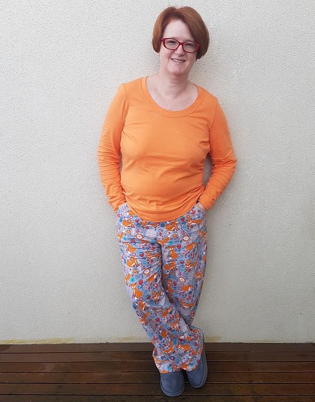 Winter pyjamas - Butterick 6296 pants and Sewaholic Renfrew tee