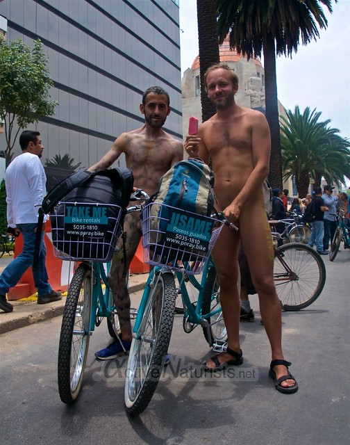 naturist 0044 WNBR World Naked Bike Ride, Mexico