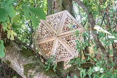 25-Figure de style en bois et bouchons - Photo of Saint-Étienne-de-Villeréal