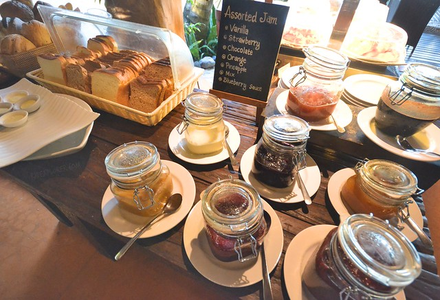 novotel lombok resort and villas bread and spreads