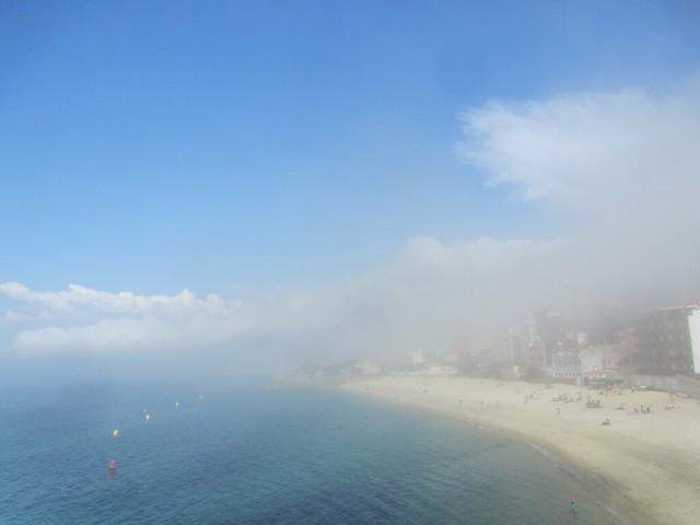 Día de playa con niebla 3