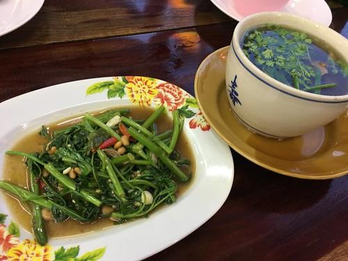 サムイ島 大衆タイ料理レストラン