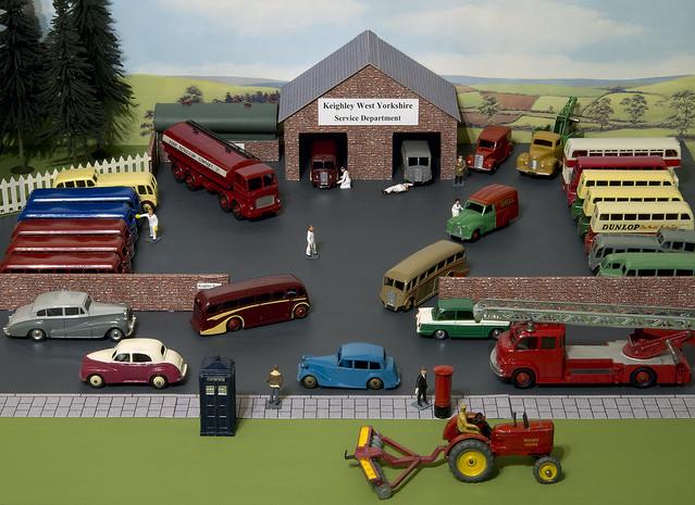 Dinky Toys Bus Station Diorama