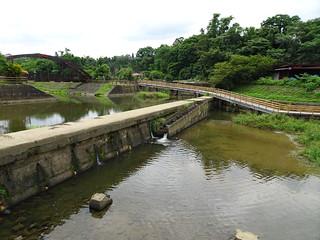 階梯式的水道