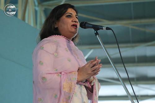 Rita from Lajpat Nagar, expresses her view