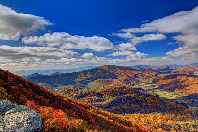 Tinker Cliffs - Fall Foliage
