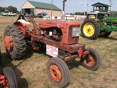 1952 Allis Chalmers type WD tractor