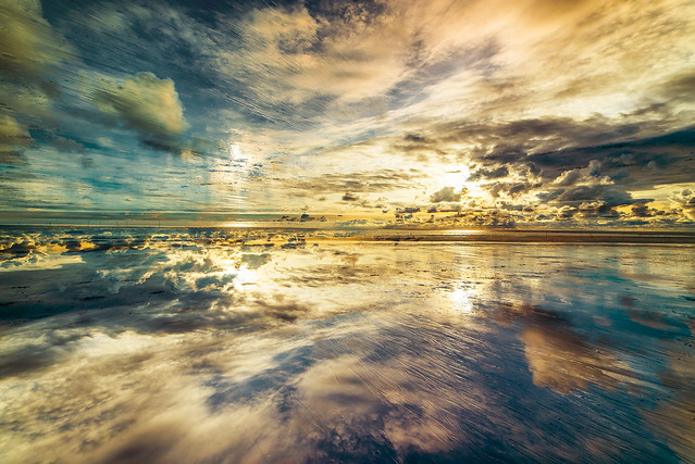 Sky and sea merging together