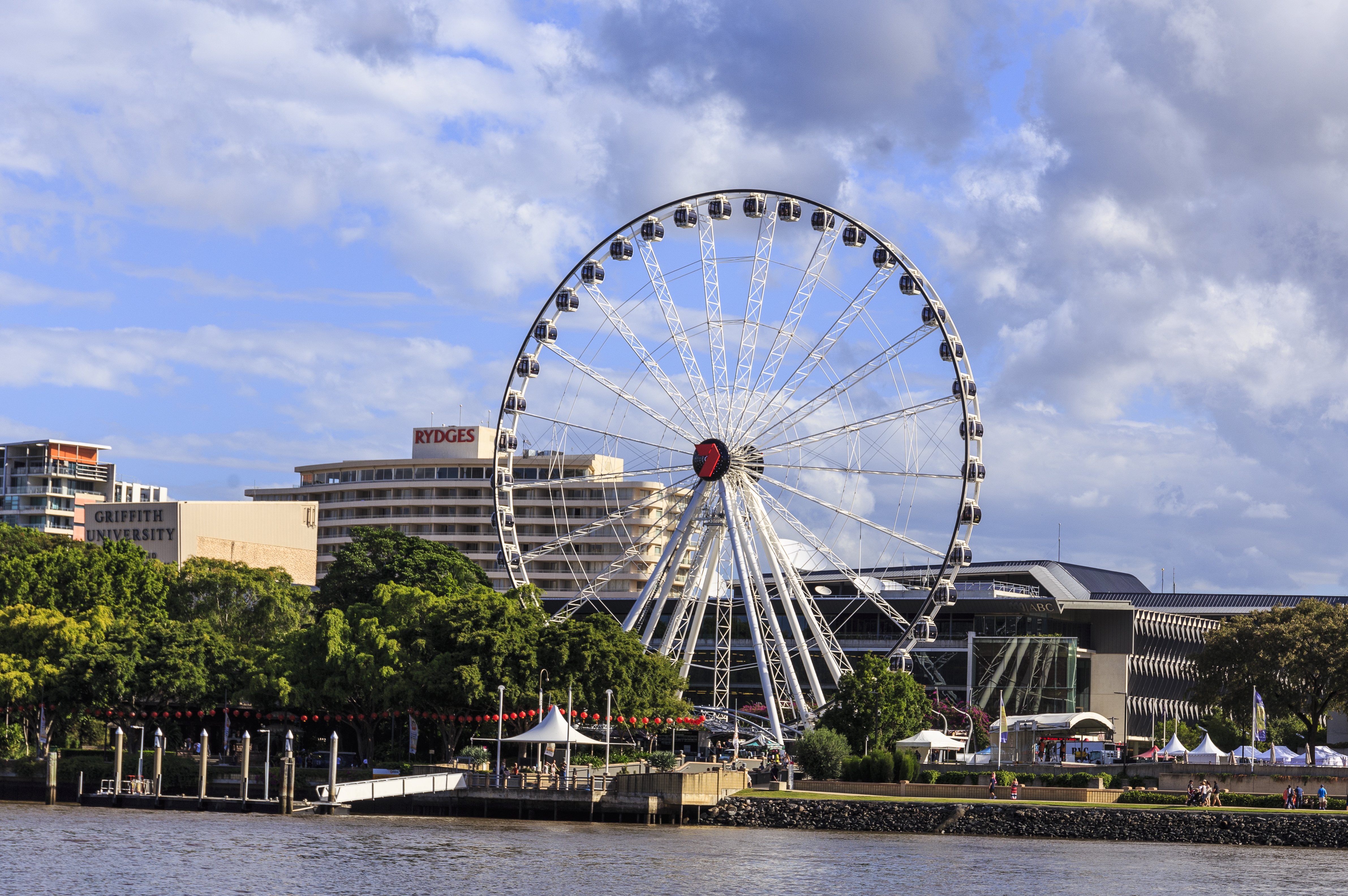 The Wheel of Brisbane - breathtaking views of the city and the river