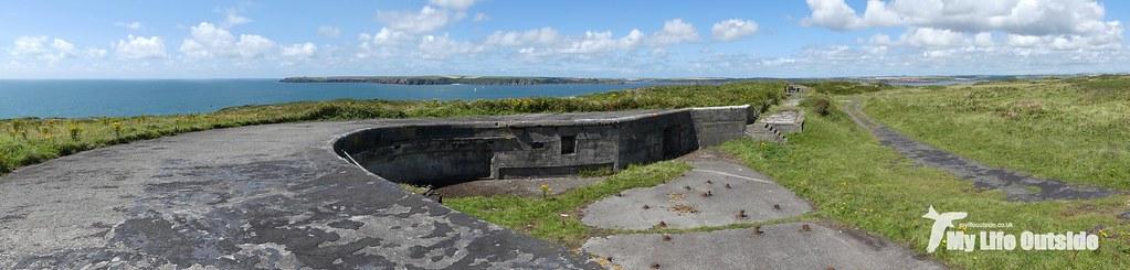 P1100776 - Gun Battery, Angle Peninsula