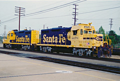 Santa Fe GP9 Nos. 2288 & 2276 At Fullerton