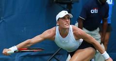 Andrea Petkovic stretch