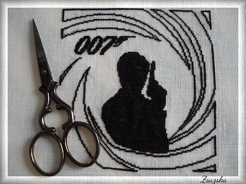 JamesBond , 007, cross stitch , mini