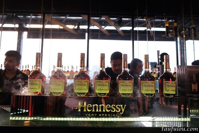 Hennessy (5)