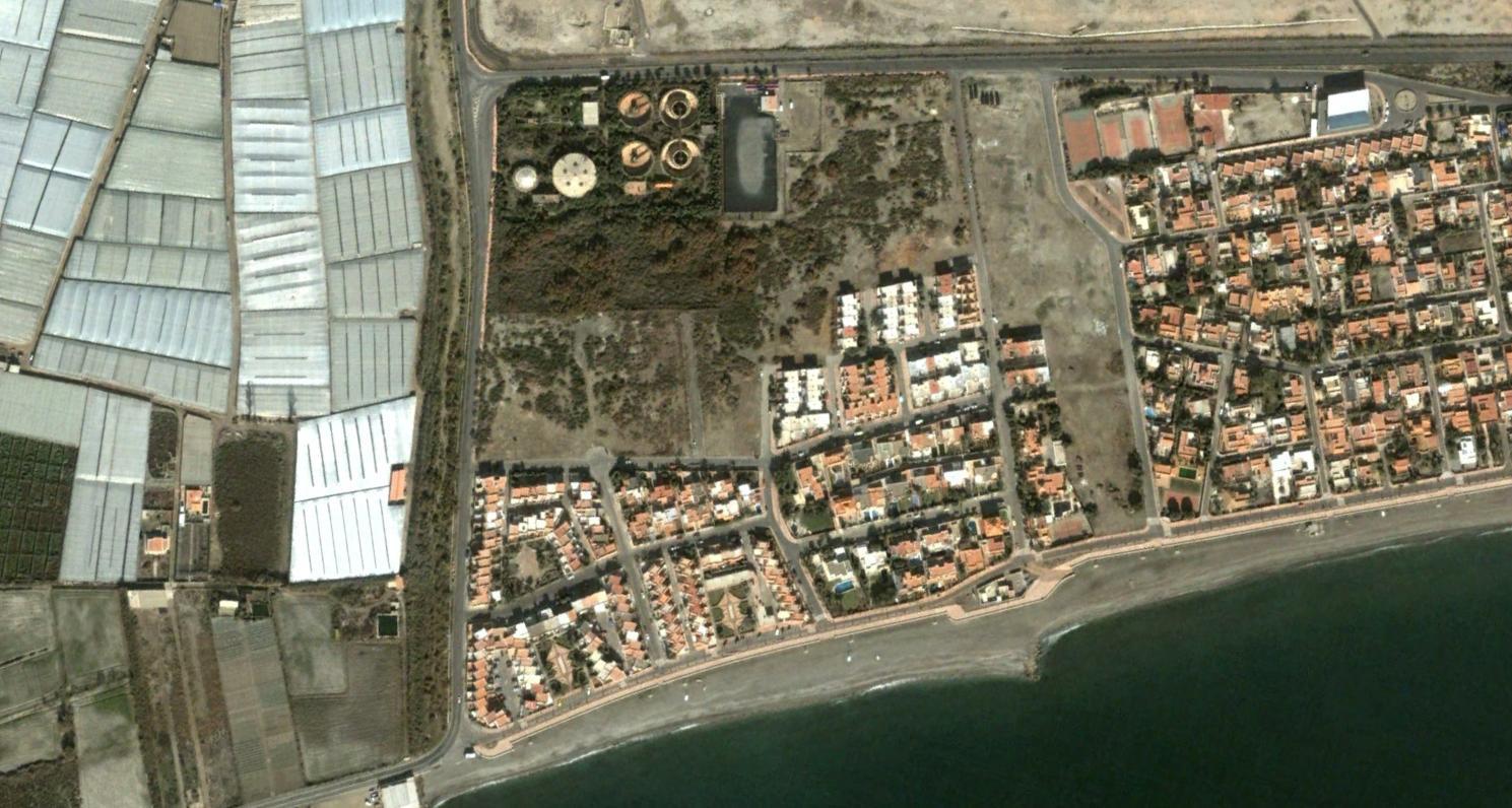 costacabana, almería, es una depuradora, antes, urbanismo, planeamiento, urbano, desastre, urbanístico, construcción