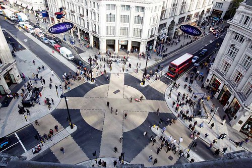 "oxford street ""circus"" intersection, diagonal"